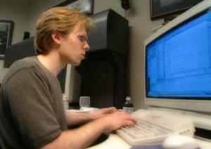 John Carmack (programador da série Doom e Quake) trabalhando.