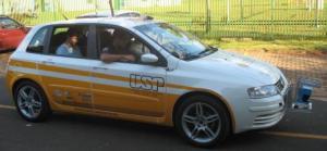 Veículo FIAT usado pela USP em pesquisas de inteligência artificial.